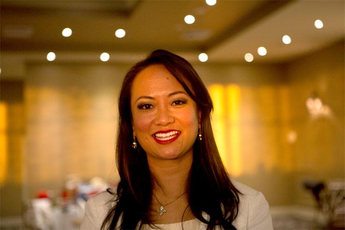 Tina Bangel - Vocalist